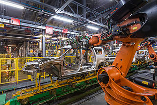 Robot welding in the automotive technology