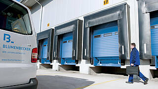 Delivery of industrial doors