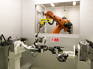 Supply of robotic welders for fuel lines at Martinrea Slovakia Fluid Systems
